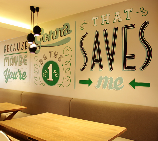 Holiday_Inn_typography_mural_11