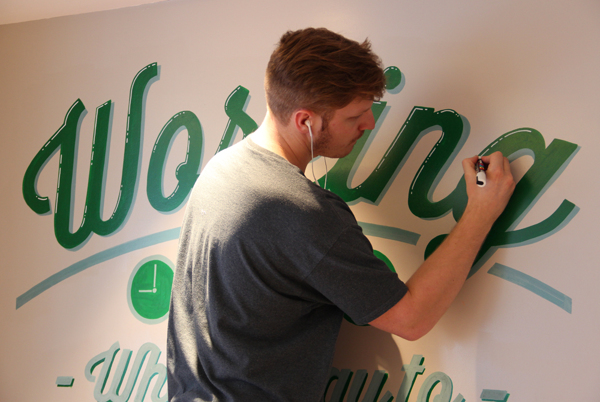 Holiday_Inn_typography_mural_20