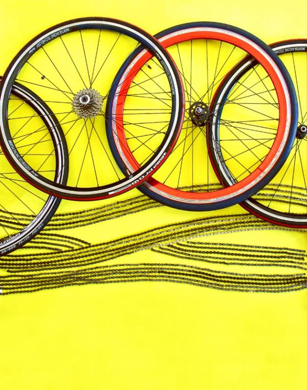 100-hoopties-pirelli-vignelli-Bob Noorda