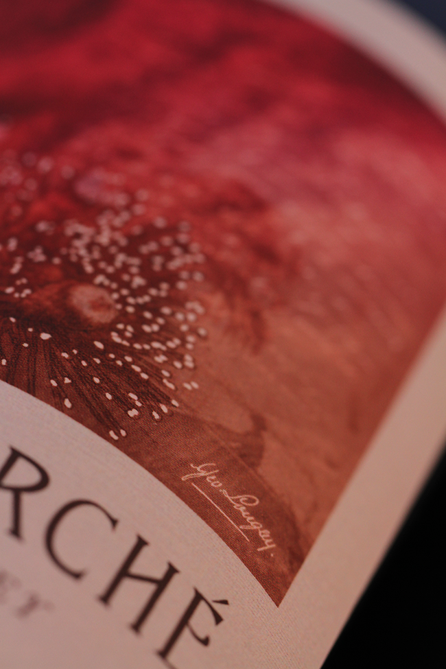 Clos_Marche_Wine_Label_Design_Close