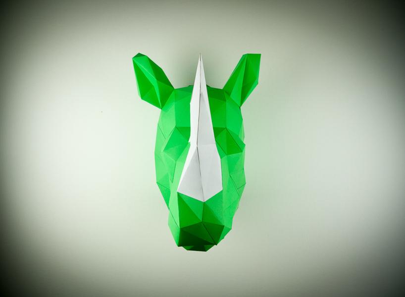 Papertrophy Rhino 818